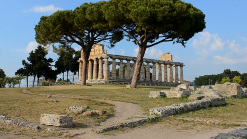 greek-temple-of-athena-in-paestum-italy_svzya_aav__F0007.png